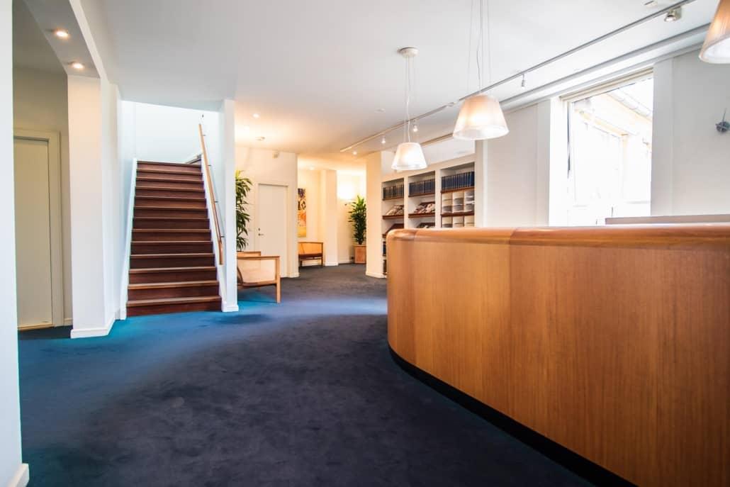 reception hos advokat